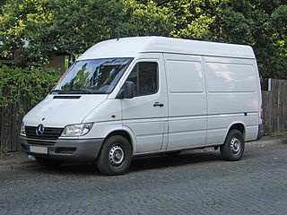 Mercedes-Benz Sprinter 2000-2002